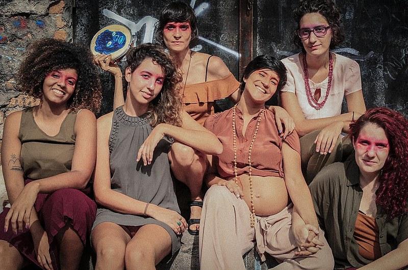 Da esq. para a dir.: Norma Odara, Luri Mantoani, Mag Magrela, Priscila Norat, Beatriz Mantoani e Natália Ferlin