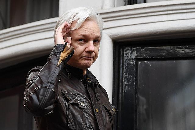 Fundador do WikiLeaks está preso no Reino Unido desde abril e teve negado pedido de adiamento de processo de extradição para os EUA