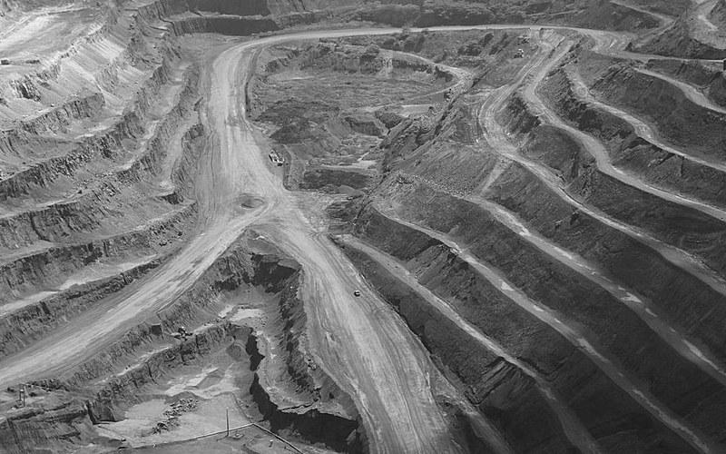 O plano de governo de Jair Bolsonoro, candidato da extrema direita, apresenta propostas obscuras para a atividade mineira