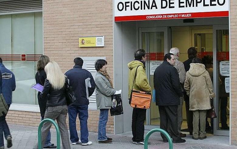 Espanha segue registrando altas taxas de desemprego, mesmo após reforma trabalhista como a brasileira