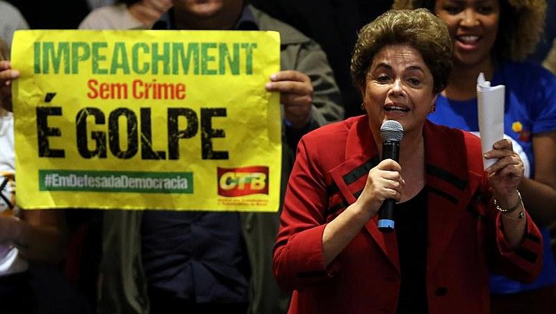 Dilma foi atacada por conta de seu gênero