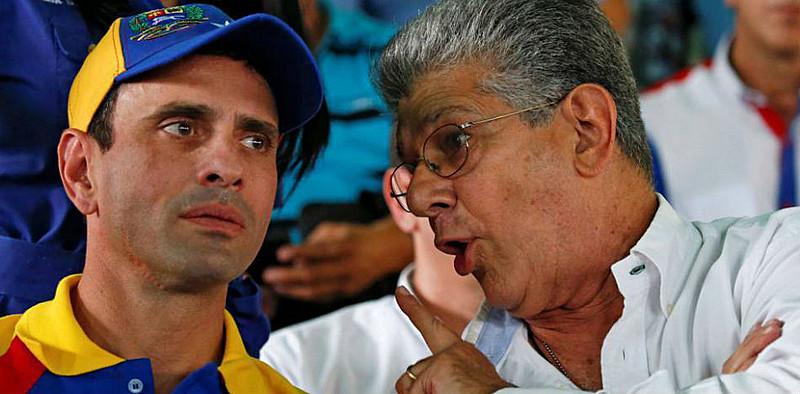 Capriles e Ramos Allup divergiram depois da eleição para governadores, e Capriles saiu da MUD