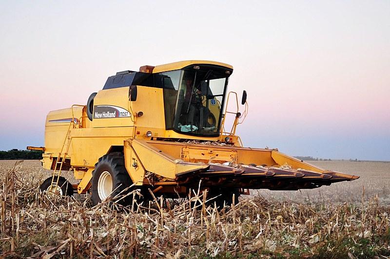 Para entender a configuração da agricultura no Brasil, é preciso antes compreender a existência de uma questão agrária mal resolvida