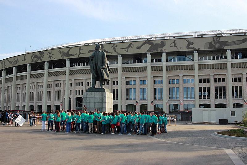 Autoridades de Moscou decidiram preservar símbolos da história do estádio, como a estátua de Vladimir Lênin