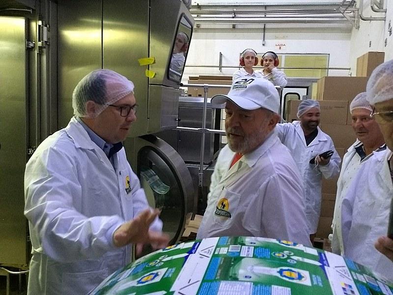 Lula visitou a Cooperoeste, localizada em São Miguel do Oeste (SC) na tarde deste domingo (25).