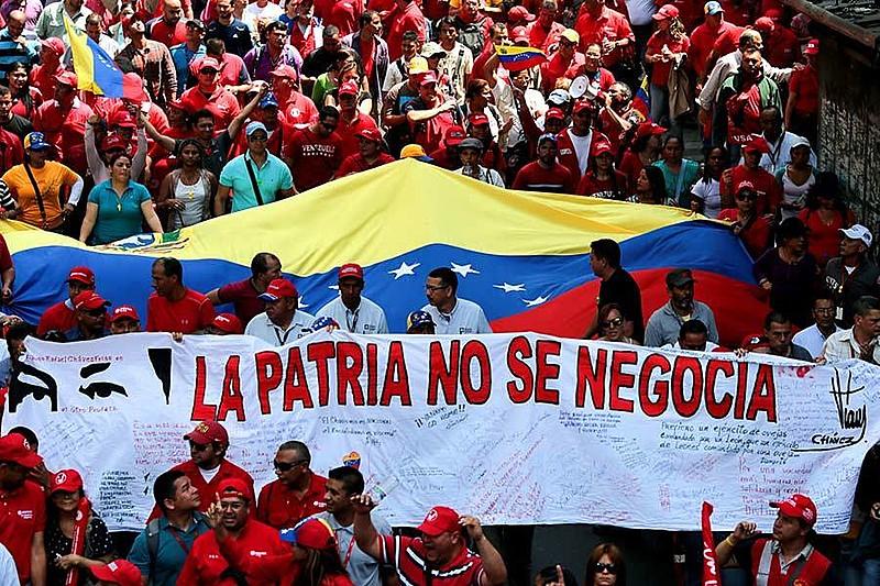Estratégia dos Estados Unidos é apropriar-se das reservas de petróleo venezuelanas, custe o que custar.