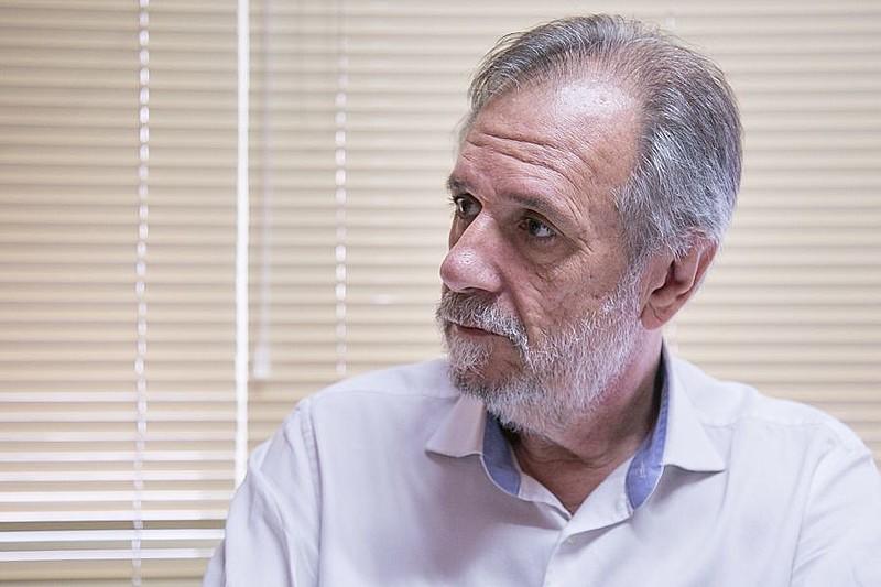 Para Rossetto, quem tem privilégios no Brasil são os bancos, ricos, petroleiras estrangeiras e aqueles que sonegam a previdência