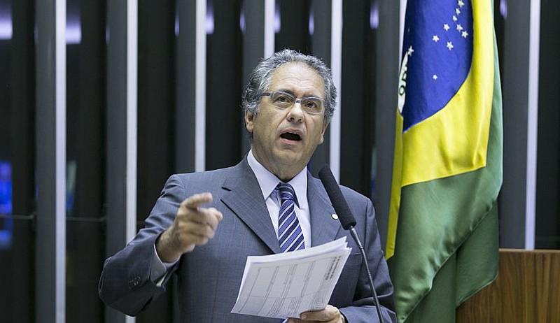 Deputado Carlos Zarattini, líder da minoria, ajudou a costurar o acordo que garantiu verbas para a edcuação