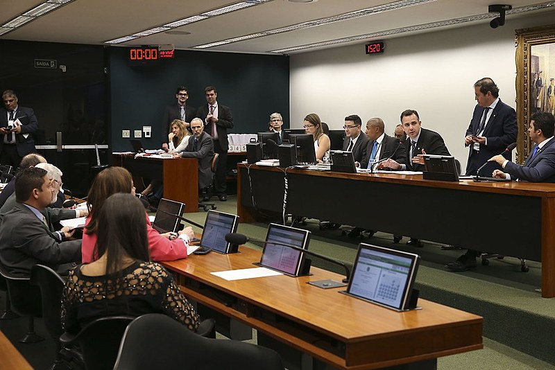 Comissão de Constituição e Justiça da Câmara (CCJ) reunida no último dia 3