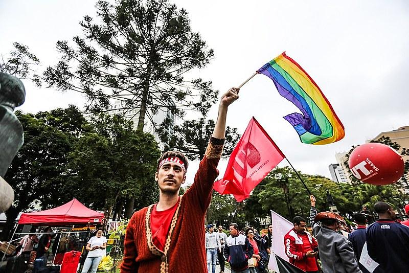 O que se viu em Curitiba foi milhares de pessoas se envolvendo e debatendo os rumos do país