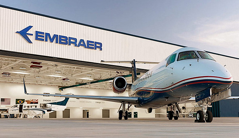 Empresa de capital aberto, Embraer foi fundada em 1969 e é a terceira maior do mundo em produção de jatos comerciais