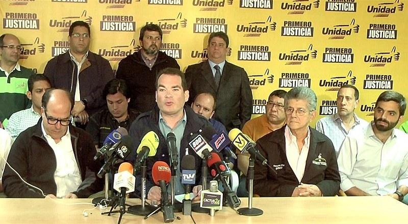 Partidos opositores ao governo Maduro confirmam participação nas próximas eleições