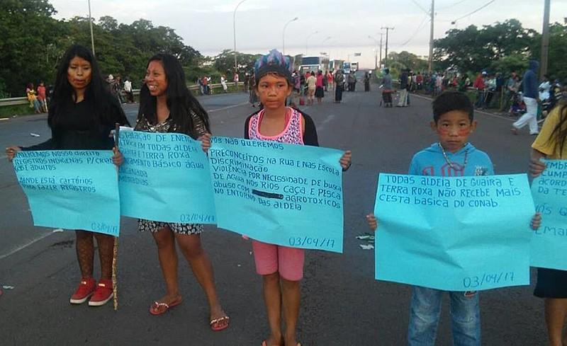 Crianças pedem educação, saúde e cestas básicas