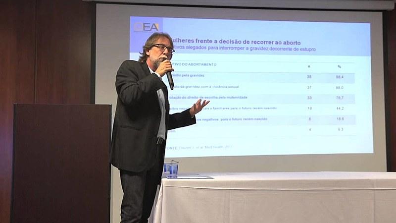 Durante 25 anos, Jefferson Drezett Ferreira coordenou um dos serviços públicos de referência de aborto legal