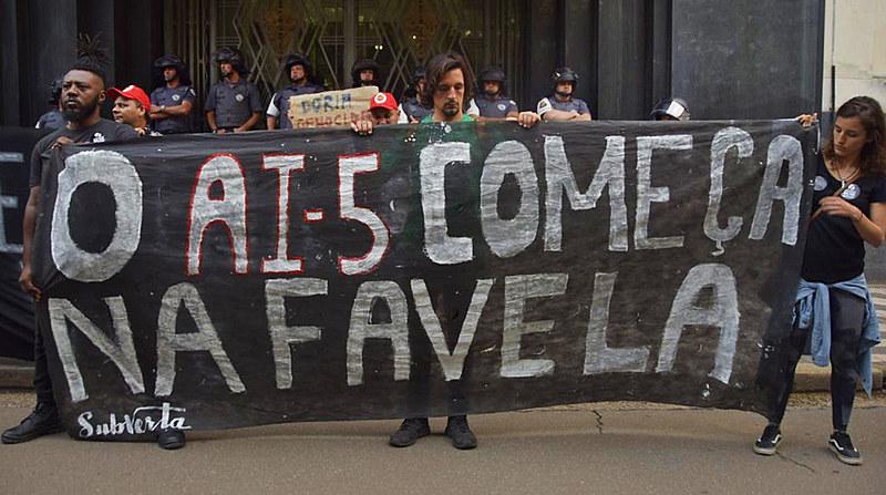 Moradores de Paraisópolis protestaram na última quarta-feira (4) contra ação da PM que levou à morte nove jovens