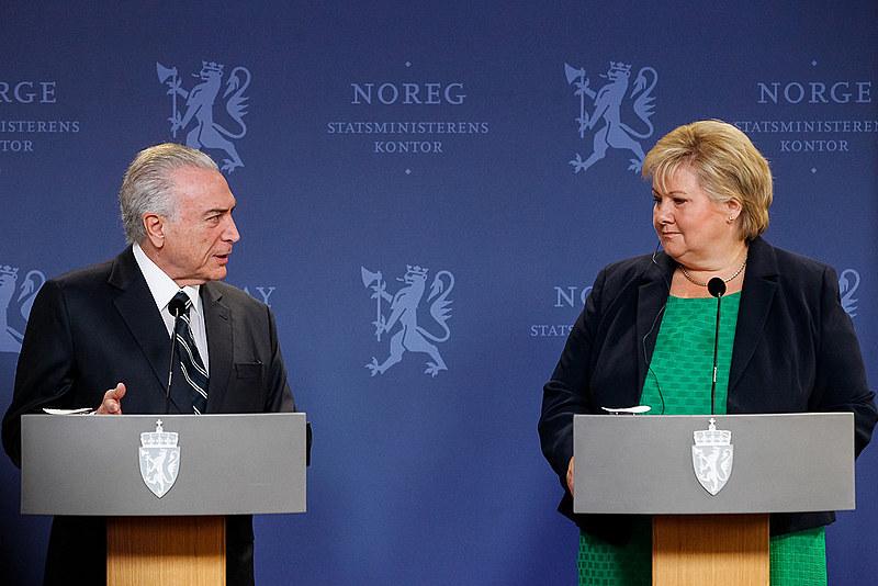 Michel Temer acompanhado da Primeira-Ministra da Noruega, Erna Solberg, em visita ao país