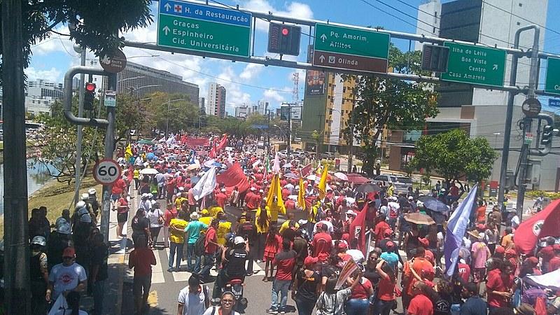 Mobilização contra a Reforma Trabalhista em Recife (PE)