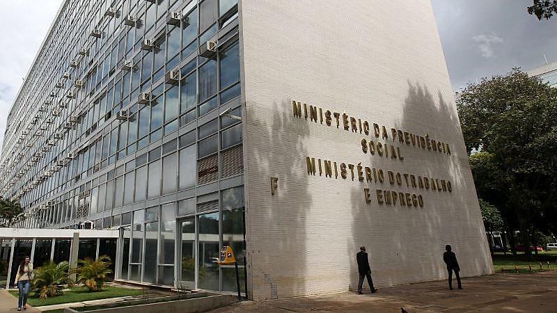 Bolsonaro não detalhou proposta que levaria ao fim da pasta