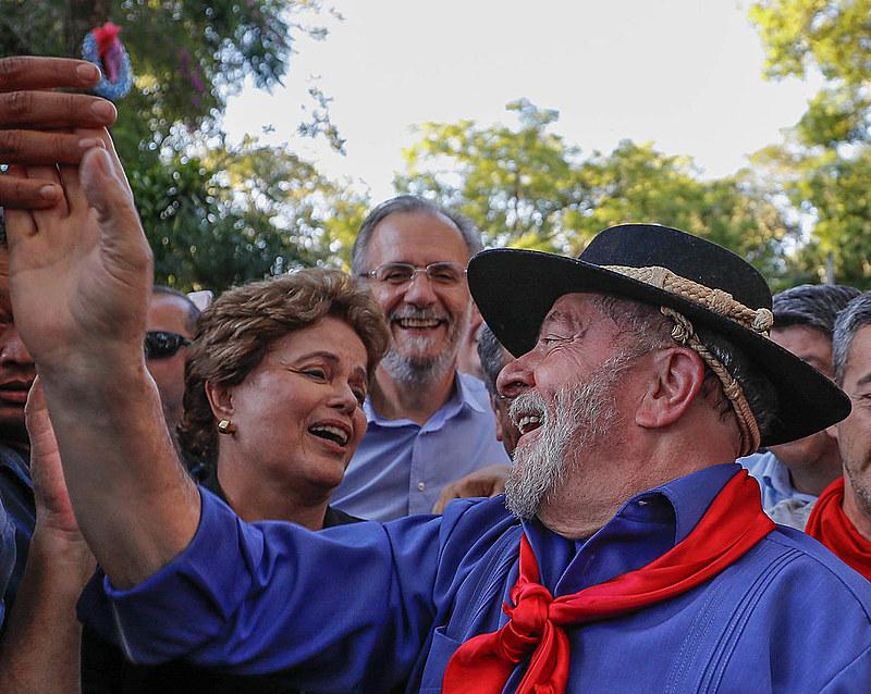 Ao lado de Dilma Rousseff, Lula visitou São Borja, terra dos ex-presidentes Getúlio Vargas e João Goulart