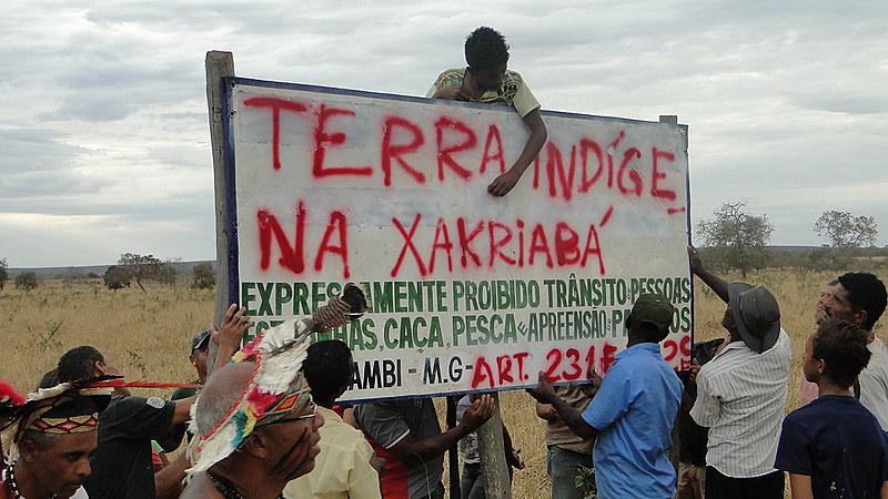 Indígenas protestam contra agressões em Itacarambi