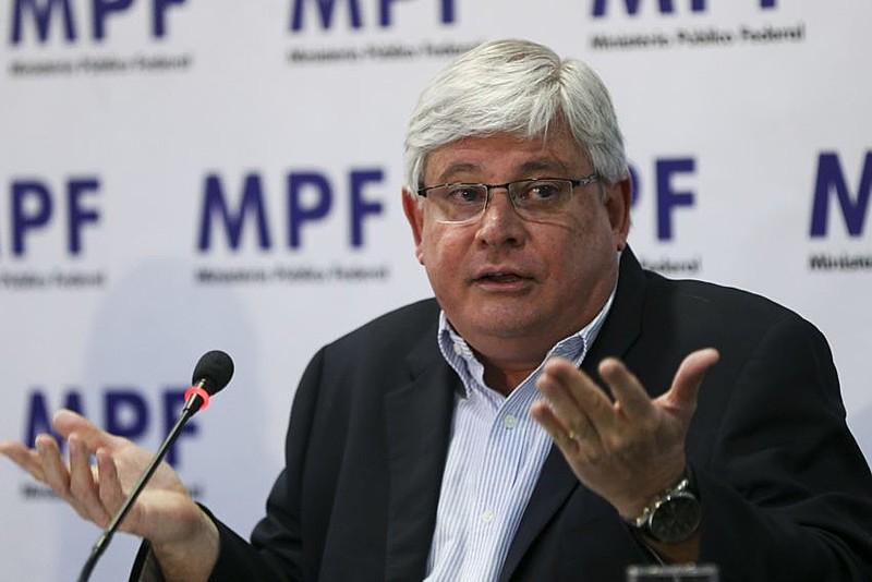 O procurador-geral Rodrigo Janot é responsável pela lista de políticos citados nas delações de empreiteiros da Odebrecht