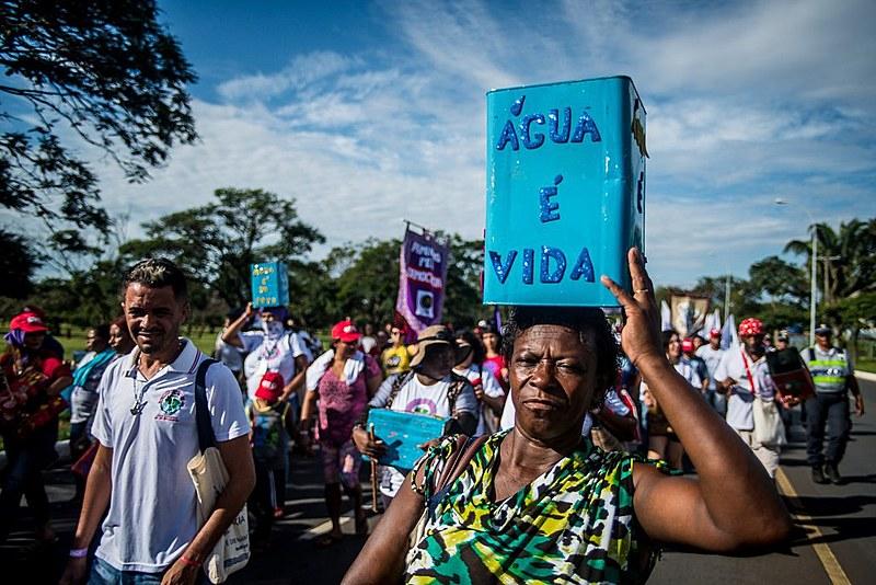 Fórum alternativo contribuiu para o avanço das dicussões pela universalização do direito à agua no mundo