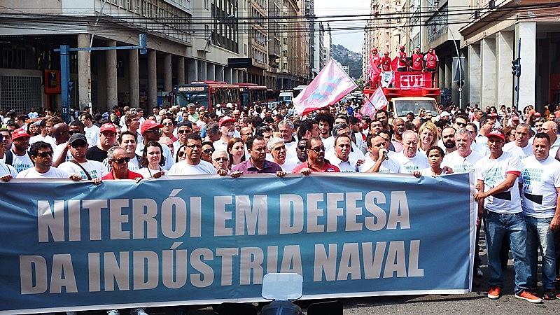 Desestímulo da política de conteúdo local gera desemprego de brasileiros que atuam na indústria naval