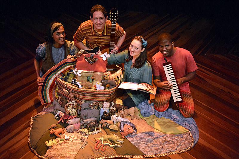 Grupo mistura teatro, música, literatura e artes plásticas em seus espetáculos