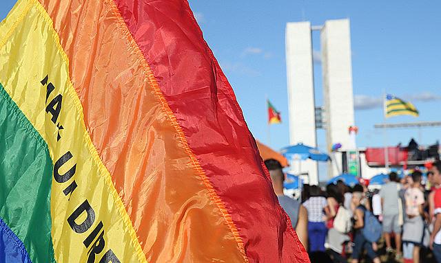 Último relatório do Grupo Gay da Bahia constatou que uma pessoa LGBT morre a cada 25 horas no Brasil