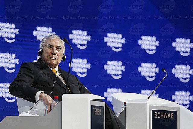 Fue con el apoyo de gran parte de la elite internacional que se encuentra en Davos que fue posible que Temer realice el golpe en Brasil.