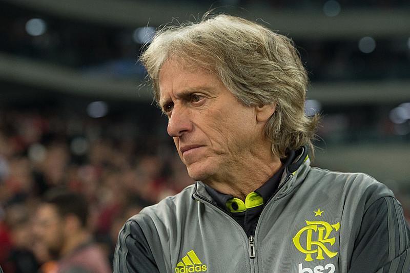 Jorge Jesus estreou como técnico do Flamengo no empate com o Athletico Paranaense pela Copa do Brasil