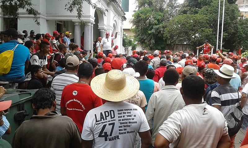 Em Recife, a ocupação conta com cerca de 1.500 pessoas de 30 regionais do MST no estado