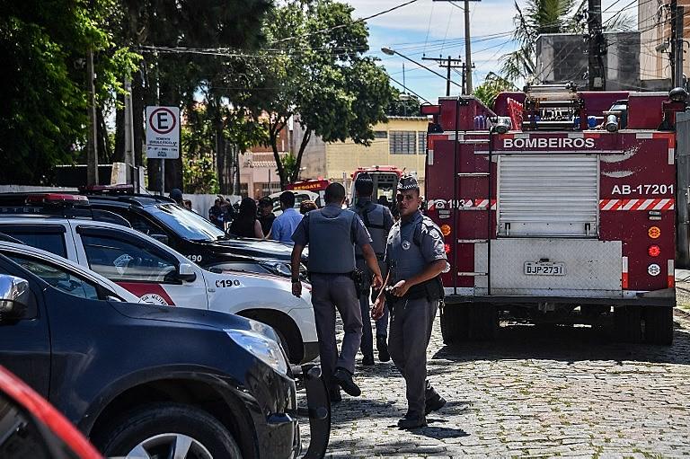 Massacre em Suzano reascende debate sobre a posse de armas defendido pelo presidente Jair Bolsonaro (PSL)