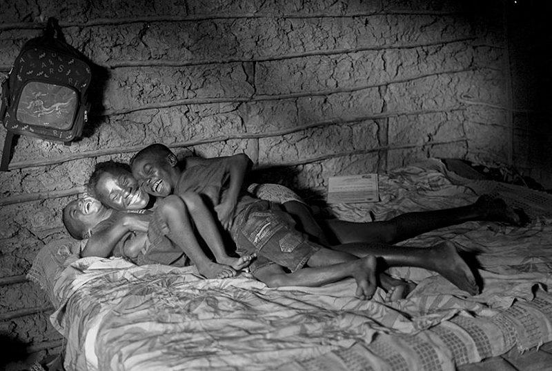 """""""A gente precisa aprender que a beleza não é uma forma de olhar colonizada, não é do jeito que vendem a beleza"""", afirma o fotógrafo"""