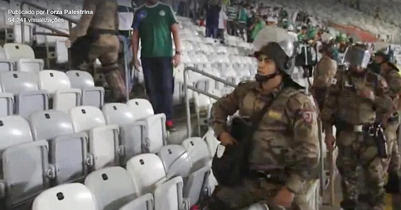 No jogo de sábado (25), no Mineirão,houve confronto entre policiais e torcedores