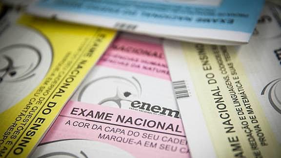 Reaplicações do Enem ocorrerão ainda em fevereiro para pessoas que estavam com covid-19 ou que enfrentaram problemas técnicos durante a realização da prova