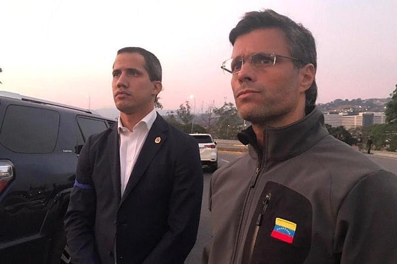 Juan Guaidó e Leopoldo López se apresentam hoje como os principais líderes de uma oposição que planeja um golpe de Estado