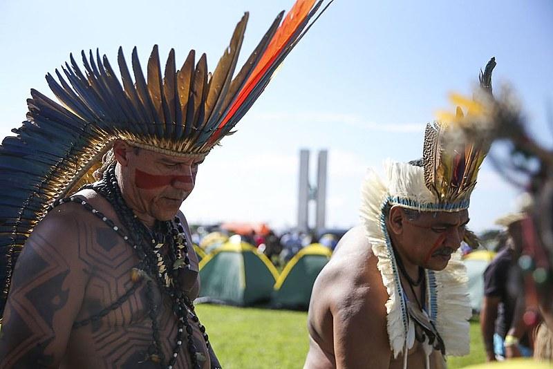"""Este ano, o ato tem como lema """"Sangue indígena. Nas veias, a luta pela terra e pelo território"""""""