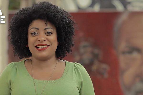 Preta Ferreira, que apresenta o Boletim Lula Livre, está entre as pessoas que foram presas