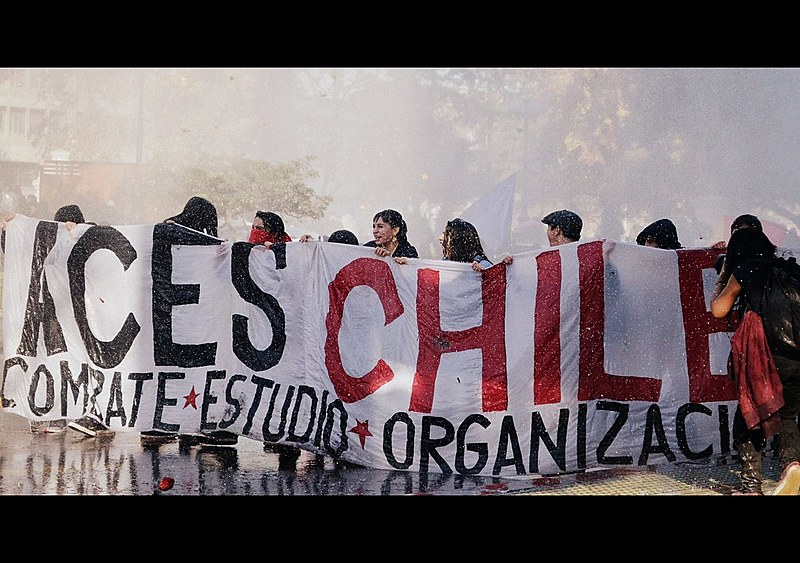 Secundaristas saíram no 21 de abril para exigir participação nas reformas