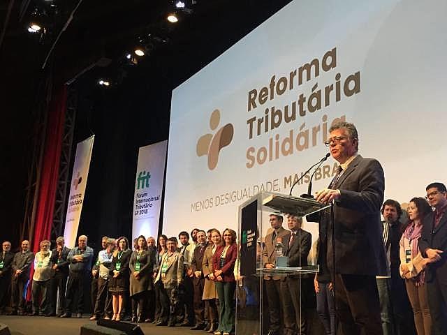 Movimento pela Reforma Tributária Solidária foi lançado durante o 3º Fórum Internacional de Tributação (FIT)