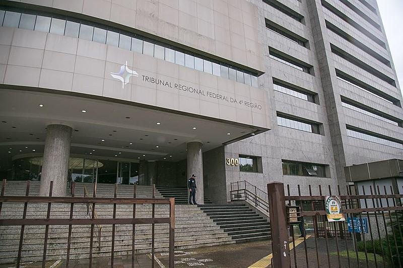 TRF4 deverá decidir se acata tese polêmica sobre uso de indícios como fundamentos de condenação