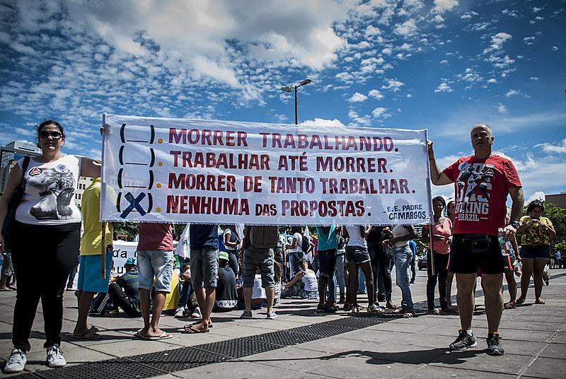 Uma manifestação está agendada para as 9h, na Praça da Estação, no Centro