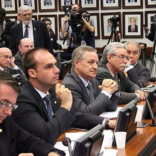 O presidente da CPI, deputado Alceu Moreira (PMDB-RS), gastou quase meio milhão de reais (R$ 476 mil) de cota parlamentar