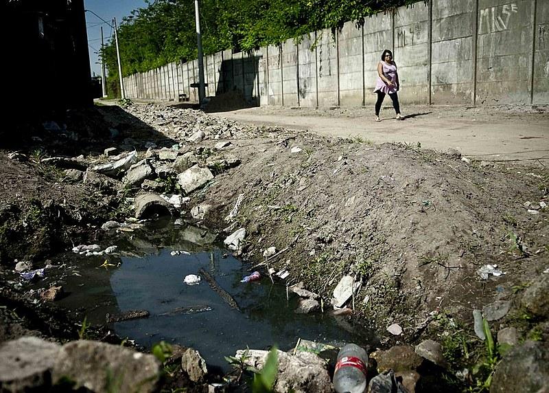 Apenas 45% do esgoto gerado no Brasil passa por algum tipo de tratamento