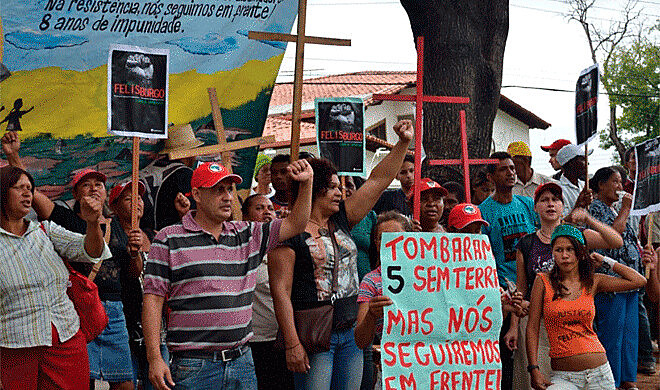 Cartazes e outdoors serão espalhados por cidades mineiras e também no sul da Bahia, pedindo às pessoas que o denunciem