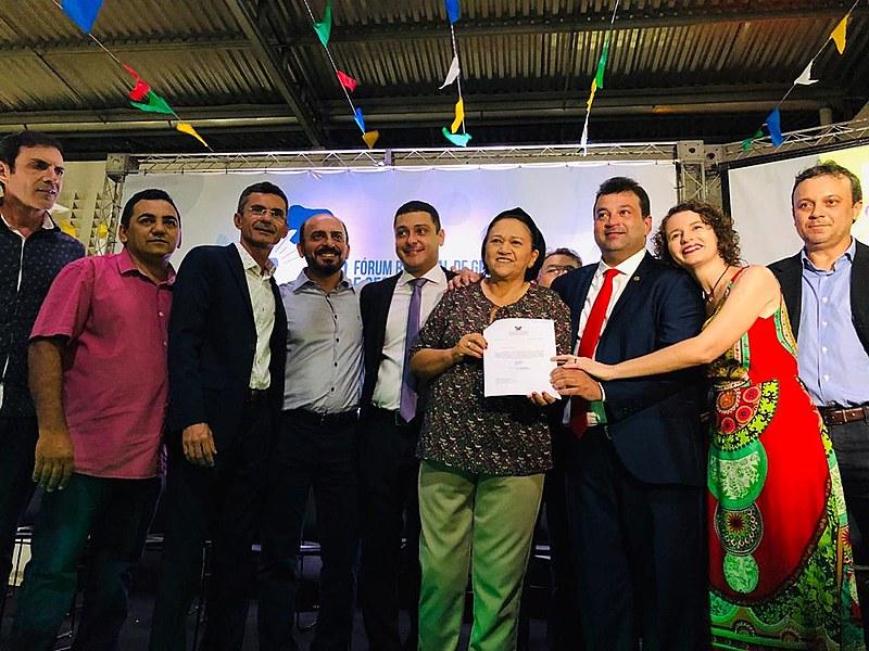 Governadora Fátima Bezerra sanciona a lei 10.536, que cria o PECAFES