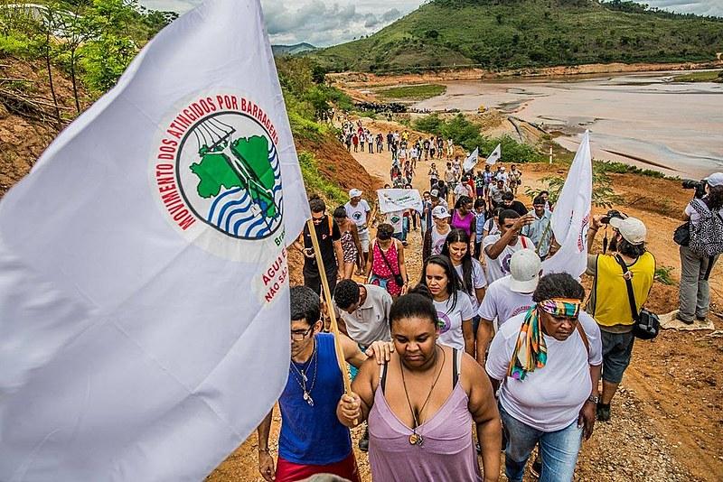 No Paraná, seis mil pessoas serão obrigadas a deixar suas casas nos próximos anos para construção de usinas hidrelétricas