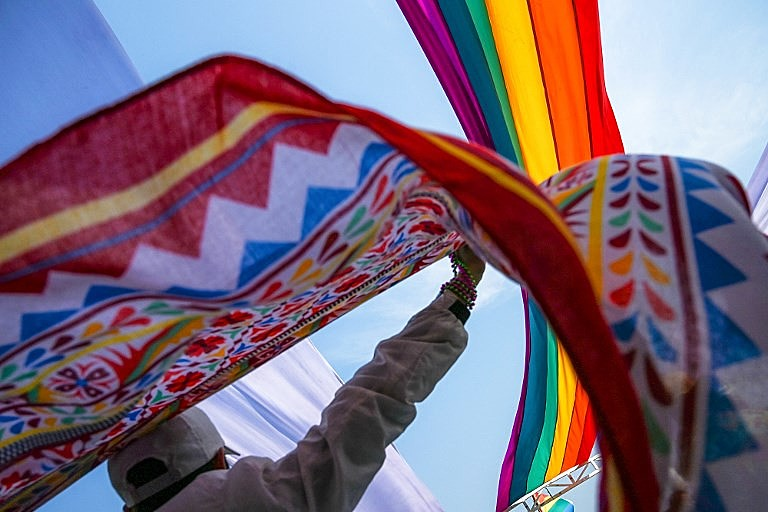 Políticas públicas que proporcionem igualdade cidadã à comunidade LGBT, são algumas das propostas do relatório