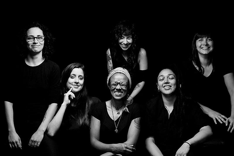 """""""Nós definitivamente não estamos sozinhas, precisamos falar, nos expressar e lutar por igualdade"""", Fernanda Koppe"""
